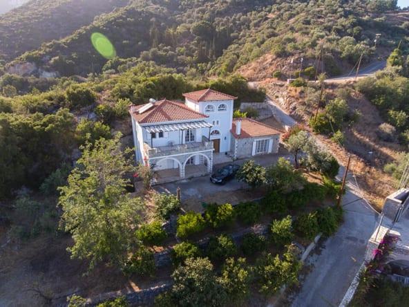 132 | Amazing Villa near Tyros with Seaview