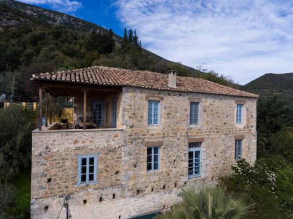 160 - Huge House in Pera Melana
