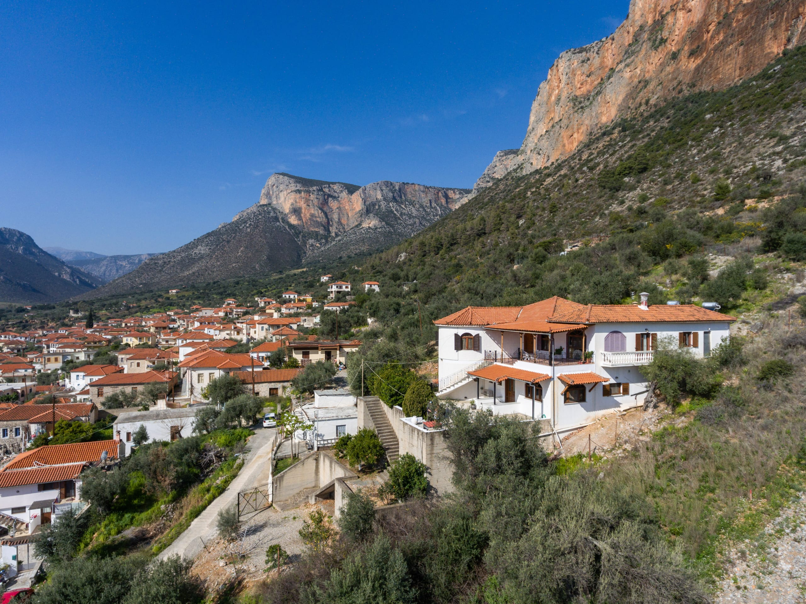 [#169] Big House with Amazing View in Leonidio Center, East Peloponnese - 345 000 euro